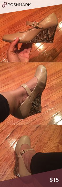 Taupe colored wedges Super comfortable! Faux snakeskin print on wedge. Rubber soles AEROSOLES Shoes Wedges