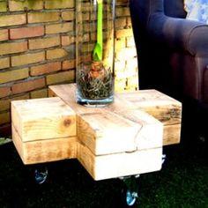 Kruistafel van oude houten balken   Living   De Betoverde Zolder