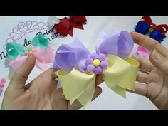 Laço Boutique duas cores c/ seis spike - YouTube Boutique Bows, Diy Hair Bows, Diy Videos, Baby Headbands, Diy Hairstyles, Fabric Flowers, Easter Eggs, Hair Clips, Projects To Try