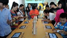 US technology giant Apple has signed a deal to bring its iPhone to China Mobile - the world's largest carrier. Apple Shares, Economic Environment, Iphone Deals, Business Company, Company News, Science And Technology, China, Wordpress, Signs