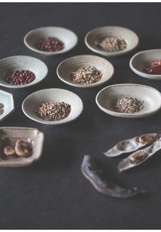 Awabi ware 「受け継ぐ器」 器と食を通して、受け継ぐことについて考える展覧会
