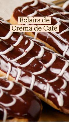 Eclairs, Profiteroles, Sweet Recipes, Fun Baking Recipes, Dessert Recipes, Bien Tasty, Delicious Desserts, Yummy Food, Deli Food