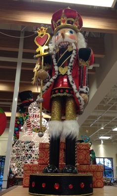 Nutcracker Pier 1 by ruby Christmas Clay, Nutcracker Christmas, Christmas Pictures, Christmas Themes, Christmas Decorations, Xmas, Celebrating Christmas, Nutcracker Characters, Spindle Crafts