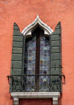 Venice, vintage window