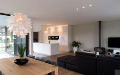 Keuken, woonkamer, open, verbinding, ruimtelijk, moderne villa, Leers & Partners Living Room Tv, Art Of Living, Luxury Interior, Decoration, New Homes, Sweet Home, Ceiling Lights, Lighting, House