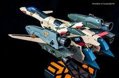 DX Chogokin Macross Frontier VD-19 Adance - fighter