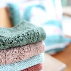 Gamle favoritter er plukket frem. Denne gang til lillesøster. #bloomsbury #immietee #ravelry #strikkemamma #knittingmom #instaknit #knitstagram