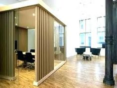 Movable wall dividers on wheels photo 8 diy partition modern interior design medium size walls home . Room Divider Ideas Bedroom, Home Decor Bedroom, Cheap Rooms, Bedroom Arrangement, Room Partition Designs, Small Entryways, Apartment Chic, Relax, Beautiful Living Rooms