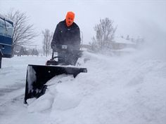 Blizzard warning calls for 'dangerous' snow conditions Monday in Waterloo Region