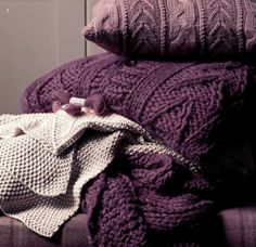 #HarveysChristmas Laura Ashley knitted throws to add some warmth to the sofa.