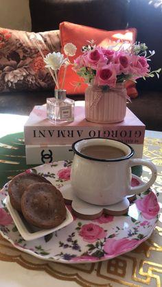 Chocolate Fondue, Table Decorations, Desserts, Food, Home Decor, Homemade Home Decor, Meal, Deserts, Essen