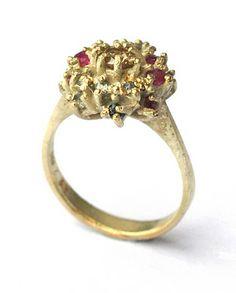 Ring, Karl Fritsch, 2011 / 24ct gold, diamonds, rubies, sapphires