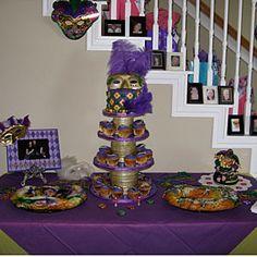 mardi gras wedding cake/dessert table but with cake I choose ...