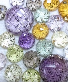 Fancy Golden Citrines, Purple Amethyst, Green Heliodor, and Smokey Quartz. Mosaic Glass, Glass Art, Diy And Crafts, Arts And Crafts, Glass Paperweights, Vintage Buttons, Candy Colors, Cut Glass, Jewelry Art