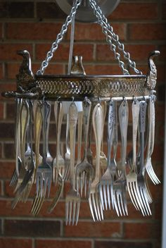 ❥ vintage silver forks wind chime~ would love to hear its music. I see these chafing dishes from time to time in the thrift stores.