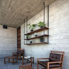 Image 16 of 21 from gallery of Cima House / GARZA IGA Arquitectos. Photograph by Garza Iga Arquitectos Beton Design, Concrete Design, Latest House Designs, Cool House Designs, Style At Home, Smart Home Design, Minimalist Home Interior, House Built, Easy Home Decor