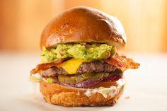 the california classic / Rounds Premium Burgers
