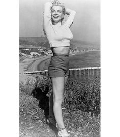 @Who What Wear - Marilyn Monroe  ​Channel your inner Monroe in this daring look. Not up for sporting your midsection? Try a pair of high-waisted shorts with a crop top, and only show a sliver of skin, instead!