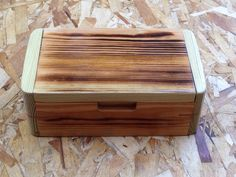 Beautiful pine J box,  turo194912@gmail.com