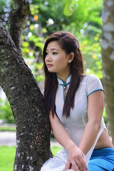 Best 12 All sizes Vietnamese Traditional Dress, Vietnamese Dress, Traditional Dresses, Beautiful Asian Girls, Beautiful Women, Air Hostess Uniform, Vietnam Costume, Vietnam Girl, Womens Dress Suits
