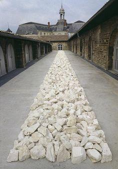 Richard Long, White Rock Line, 1990 Limestone 20x150x4000 cm