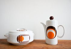 Vintage WIESTERLING coffee pot from the 1970's with mod graphic made in Germany.