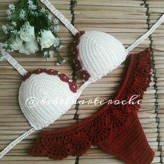 #tejido Bikinis Crochet, Crochet Bra, Hairpin Lace Crochet, Crochet Bikini Top, Crochet Woman, Crochet Diagram, Crochet Patterns, Crochet Classes, Learn To Crochet