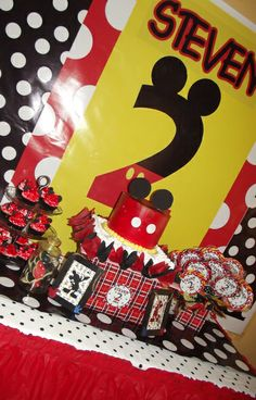 Mickey Mouse Party #mickeymouse #party - cake simplicity, interesting backdrop...maybe altered a little?