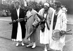 I'm ready for tennis fashion to be like this again.