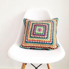 Crochet Cushion Cover by annemariesbreiblog on Etsy