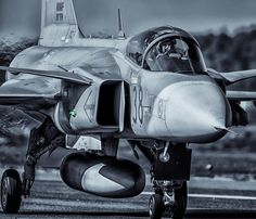 Hungarian Air Force SAAB 39C Gripen Please don't forget to credit @JN_PHOTO.SE when re-posting.…»