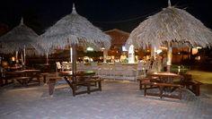 travelizard.com Aruba Beach Club, Table Decorations, Furniture, Home Decor, Decoration Home, Room Decor, Home Furnishings, Home Interior Design, Dinner Table Decorations