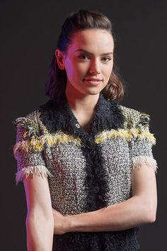 "Daisy Ridley 18 ""Star Wars"" Cast Photos That Will Awaken The Force Within You Rey Daisy Ridley, Star Wars Sequel Trilogy, Star Wars Cast, Films Cinema, English Actresses, Reylo, Beautiful People, Beautiful Women, Beautiful Images"