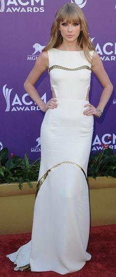 T-Swift at ACM Awards 2012 in J Mendel