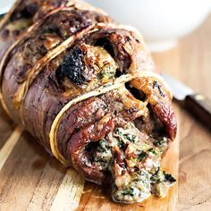 Recipe, grocery list, and nutrition info for Baked Stuffed Flank Steak. Spice up your boring steak dinner by baking a fine cut of meat with spinach, mozzarella, and sun dried tomatoes. Flank Steak Recipes, Meat Recipes, Healthy Recipes, Skirt Steak Recipes, Thin Steak Recipes, Fine Cooking Recipes, Free Recipes, Steak Dinner Recipes, Beef Flank Steak
