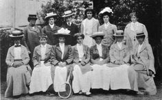 Group of female top tennis players, 1902.
