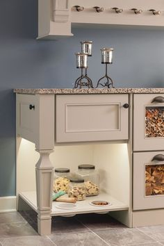 Make your kitchen cabinet designs and remodeling ideas a reality with the most recognized brand of kitchen and bathroom cabinetry - KraftMaid. Bathroom Cabinetry, Custom Kitchen Cabinets, Kitchen Cabinet Design, Painting Kitchen Cabinets, Kitchen Layout, Pantry Cabinets, Kitchen Cabinet Manufacturers, New Kitchen Designs, Kitchen Ideas