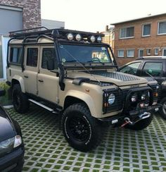 Land Rover Defender 110 Td5 SW County Off Road.