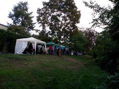 September 2015 - Künstlermarkt auf der Bischemer Kerb. Aus Platzgründen nur mit Pavillon.