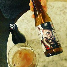 @tabernaladichosa  Desde Vizcaya a Madrid y a tu disposición en La Dichosa. Ya sabes que las cervezas artesanas las vamos rotando. Apresúrate si la quieres probar! #ladichosa #masqueunataberna #cerveza #cervezasartesanas #laugar #gastronomia #cocinacasera #condeduque #condeduquegente #condeduquemola #malasaña #malasaña #madrid @laugarbrewery by condeduquegente