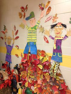 it's an HSES Arty Party!: Fall display and my deep love and effection for textured painted papers Autumn Crafts, Autumn Art, Autumn Theme, Autumn Leaves, Fall Art Projects, School Art Projects, Autumn Activities, Art Activities, Art For Kids