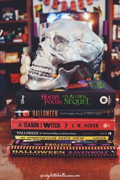 Halloween 2018 Home Tour: My Living Room - Spooky Little Halloween