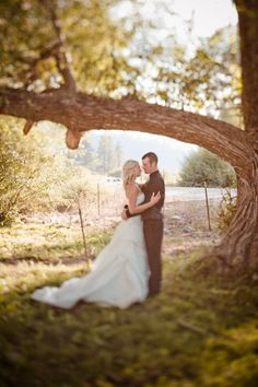 I'd love an engagement shot like this. Can't wait for Messina Hof and the shoot!!