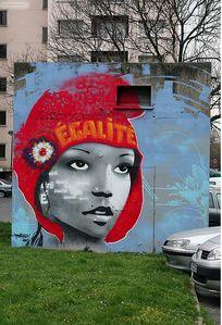 Marianne sur un mur de quartier. - Marianne républicaine !