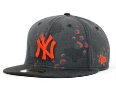 NEW ERA x MLB「Original Camo Yankees」59Fifty Fitted Baseball Cap
