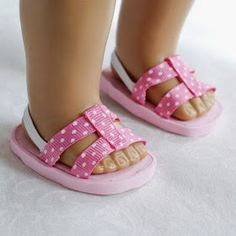 American Girl Doll Shoes- Pink Polka Dot Ribbon and Elastic Sandals American Girl Outfits, American Girl Doll Shoes, American Girl Accessories, American Girl Crafts, American Doll Clothes, Doll Accessories, American Girls, Sewing Doll Clothes, Sewing Dolls
