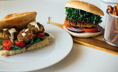 Tahini, Ketchup, Salmon Burgers, Quinoa, Ethnic Recipes, Food, Salmon Patties, Meal, Essen