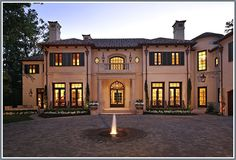 Mediterranean home in Houston, Texas - Entry/Motor Court with fountain