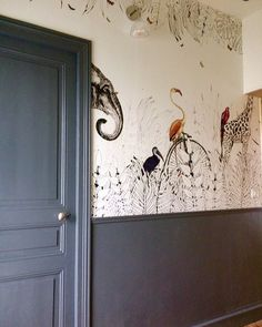 The panoramic scenery Metrozoo in a corridor highlighted by a large painting . Wallpaper For Sale, Interior Decorating, Large Painting, Hallway Paint, Home Decor Decals, Home Decor, Home Deco, Metal Wall Clock, Dark Grey Paint