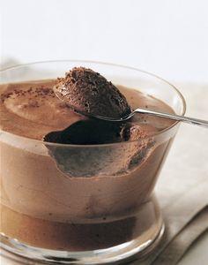 Mousse au chocolat de Paul Bocuse : recette facile   Régal